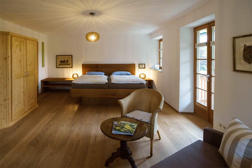 Wohnung 2 - Wohnen & Schlafen